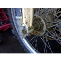 Front Axle Wheel Spindle Shaft for Suzuki RM125 RM 125 1990 90