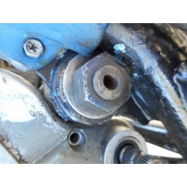 HUSABERG FE650 Swing Arm Pivot BOLT FE650 FE400 FE501  01 - 03