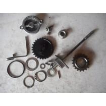 01 KTM 520 EXC Oil Pump Assy Shaft Gears Washer KTM 520 EXC 520 2001 01