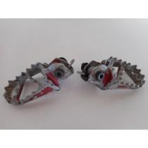 04 KTM 65SX Foot Peg Set Left & Right KTM SX 65 03-16 2004 P/N 47103041000
