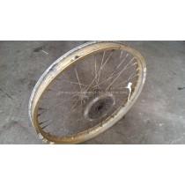 Front Wheel Hub Spokes Rim off a Yamaha XT600 XT 600 1986 86